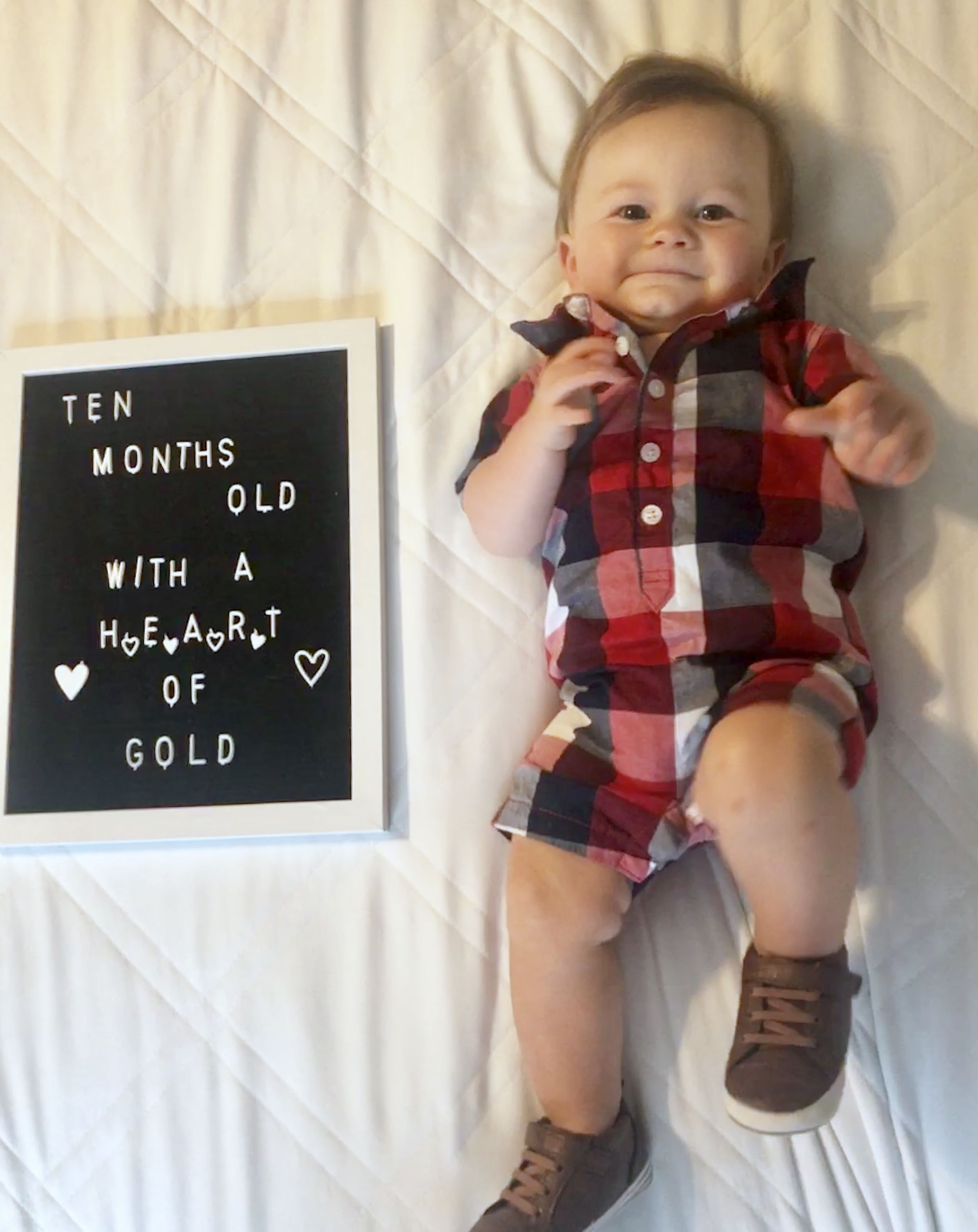 10 Month Old Letterboard Monthly Baby Photos Baby Photoshoot Boy Monthly Baby Pictures