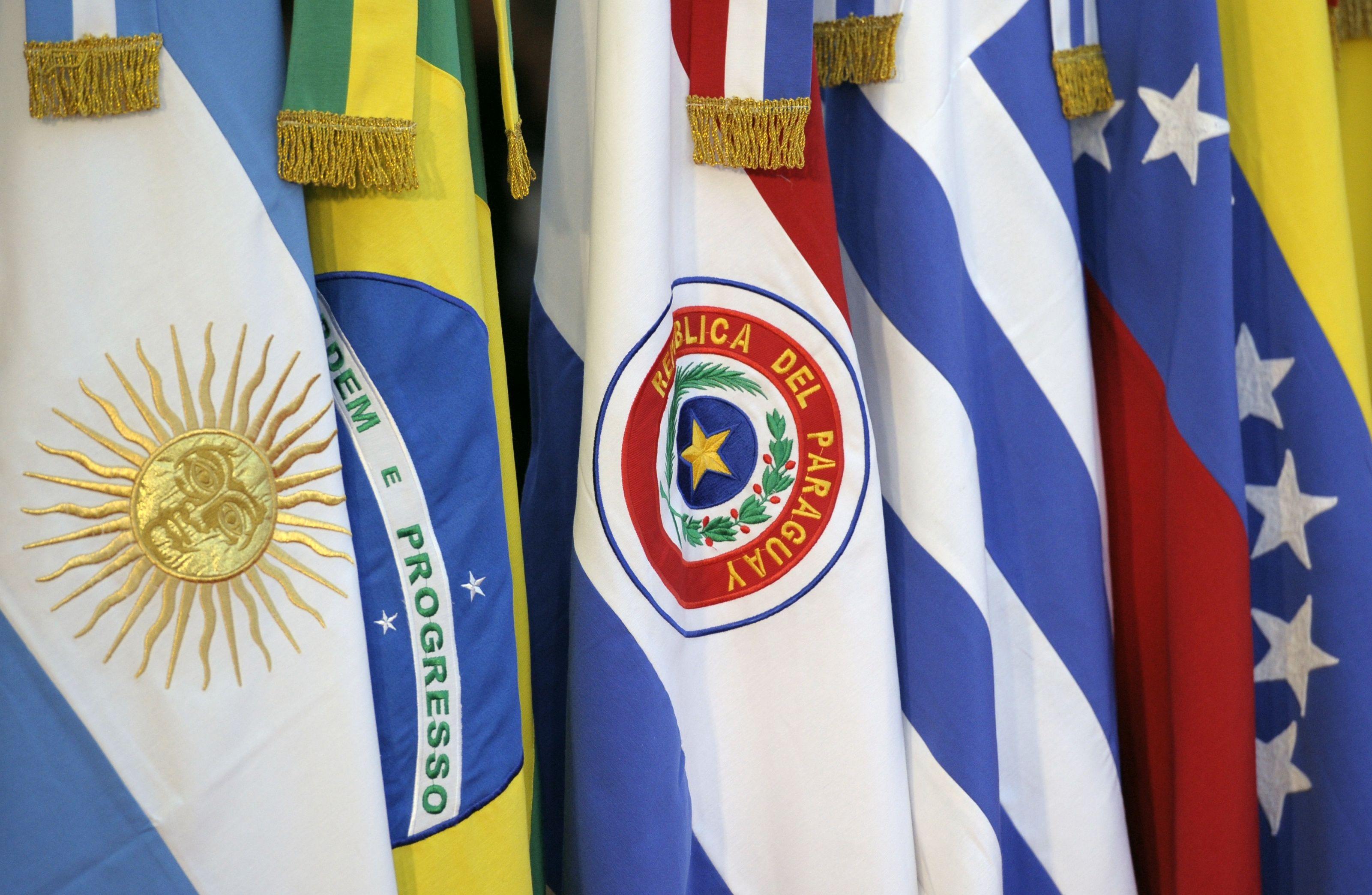 Mercosur convoca reunión de urgencia el sábado por situación en Venezuela