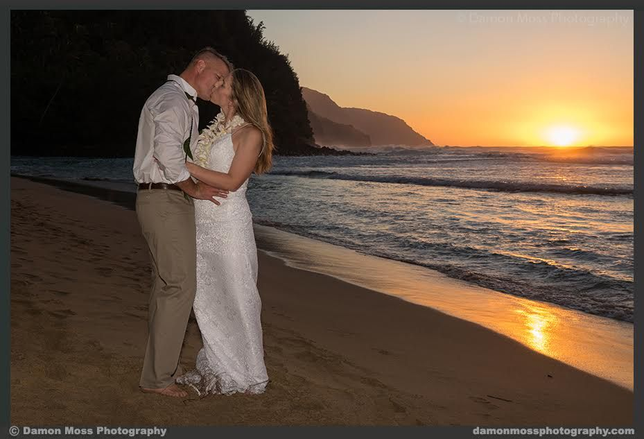 Ke E Beach November Kauaiweddingplanner Sunsetwedding Www