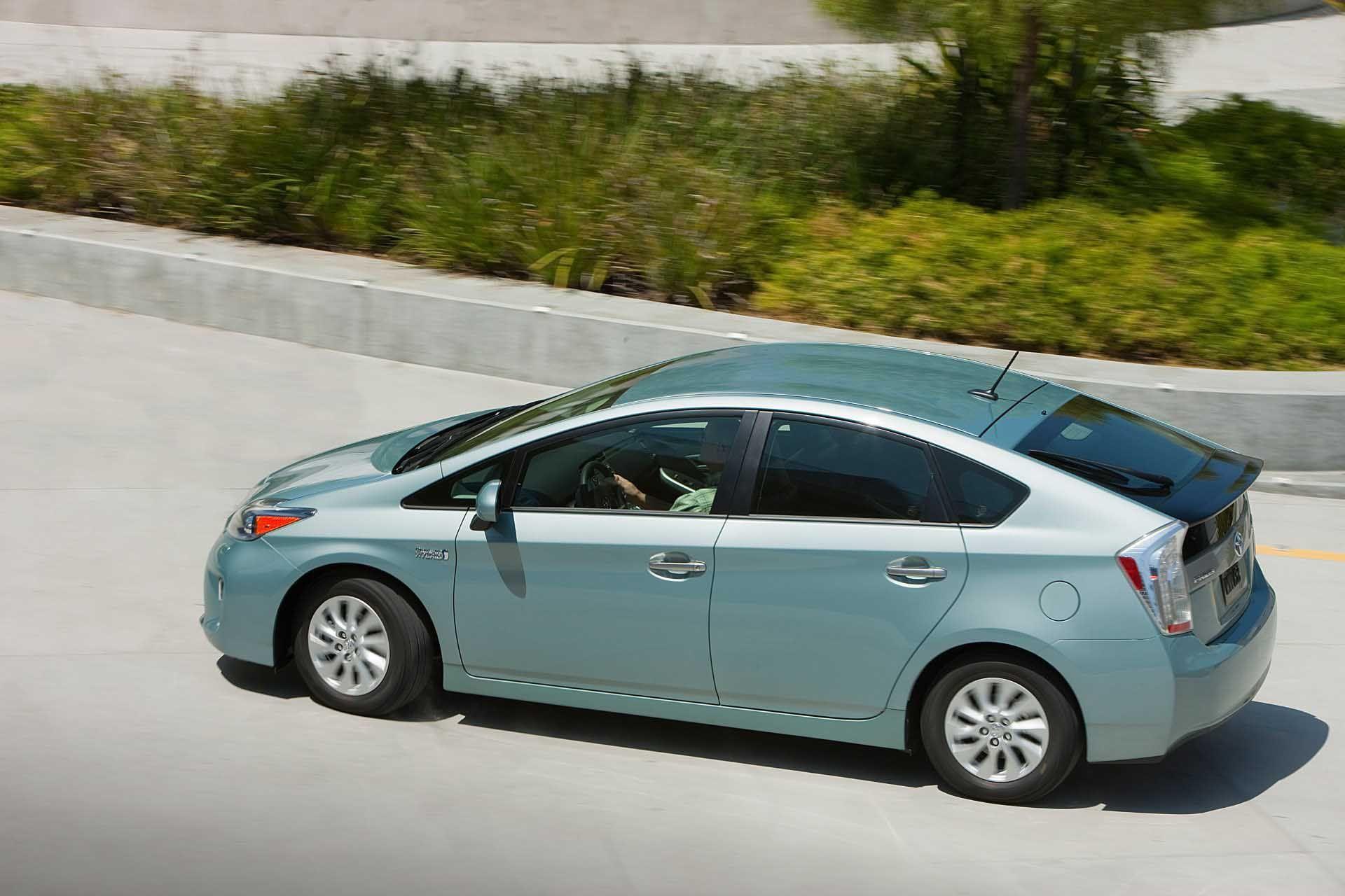 10+ Awesome 2012 Toyota Prius Top Views