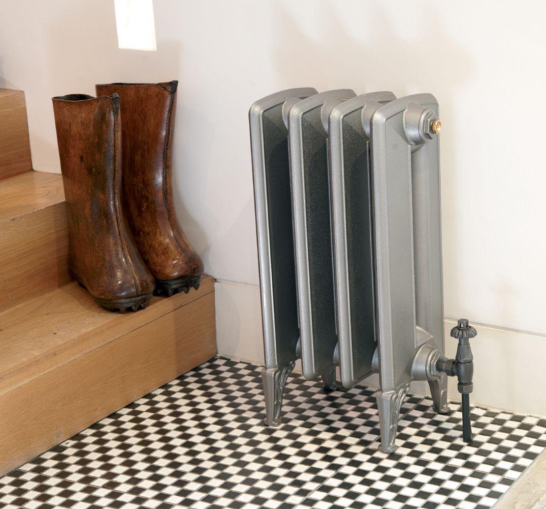 Bohemia cast iron radiator in silver primer