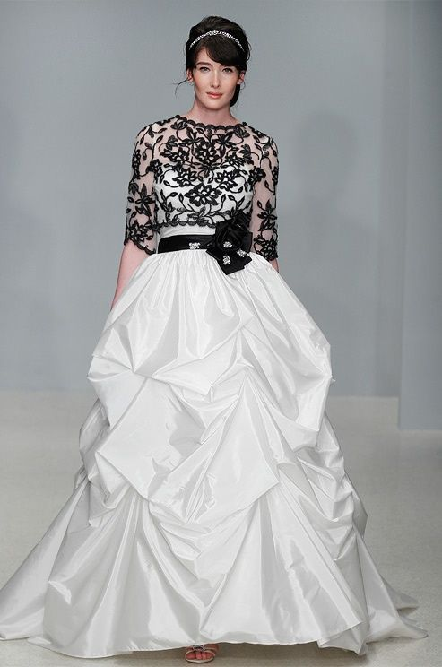 Black and white wedding gown  THE TOP!!!