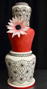 tim-vase-flower-cake by Amanda Oakleaf Cakes