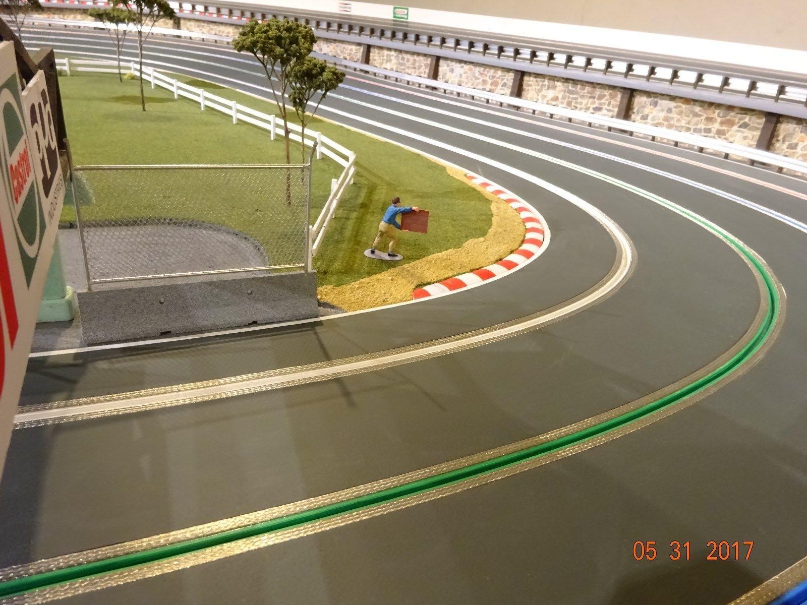 1 32 Scale Aluminum Armco Guardrail System Slot Car Track Diorama Scenery Ebay Slot Cars Slot Car Track Scenery