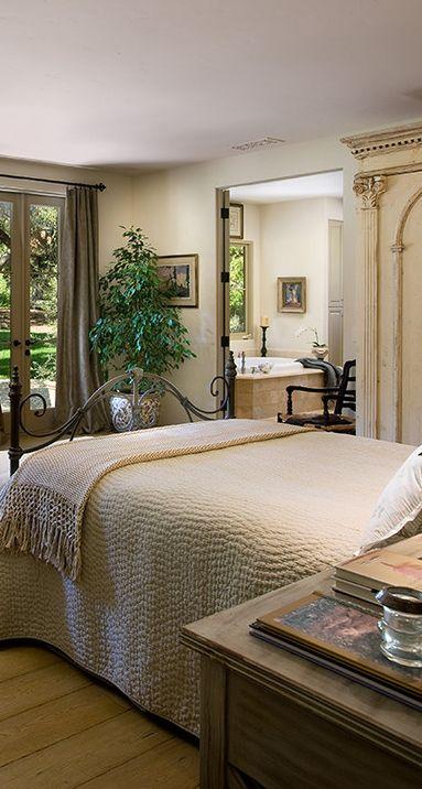 Mediterranean bedroom design bedroom design pinterest for Mediterranean master bedroom ideas