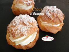 Choux al mascarpone...fragranti bignè farciti da una deliziosa crema con mascarpone e panna fresca aromatizzata alla vaniglia!