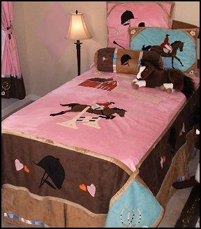 Colorful girls bedding collection for the girl that loves for Bedroom ideas for horse lovers