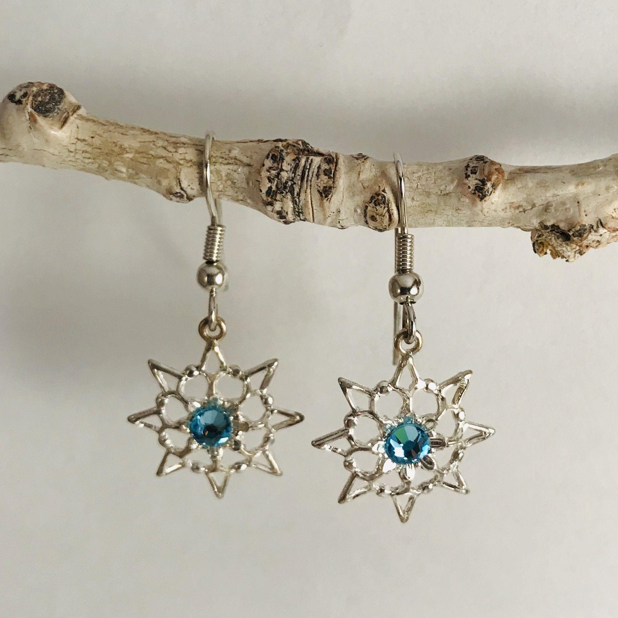 9b9df3b9ef7c4 Single Stone Aquamarine Snowflake Earrings These beautiful silver ...