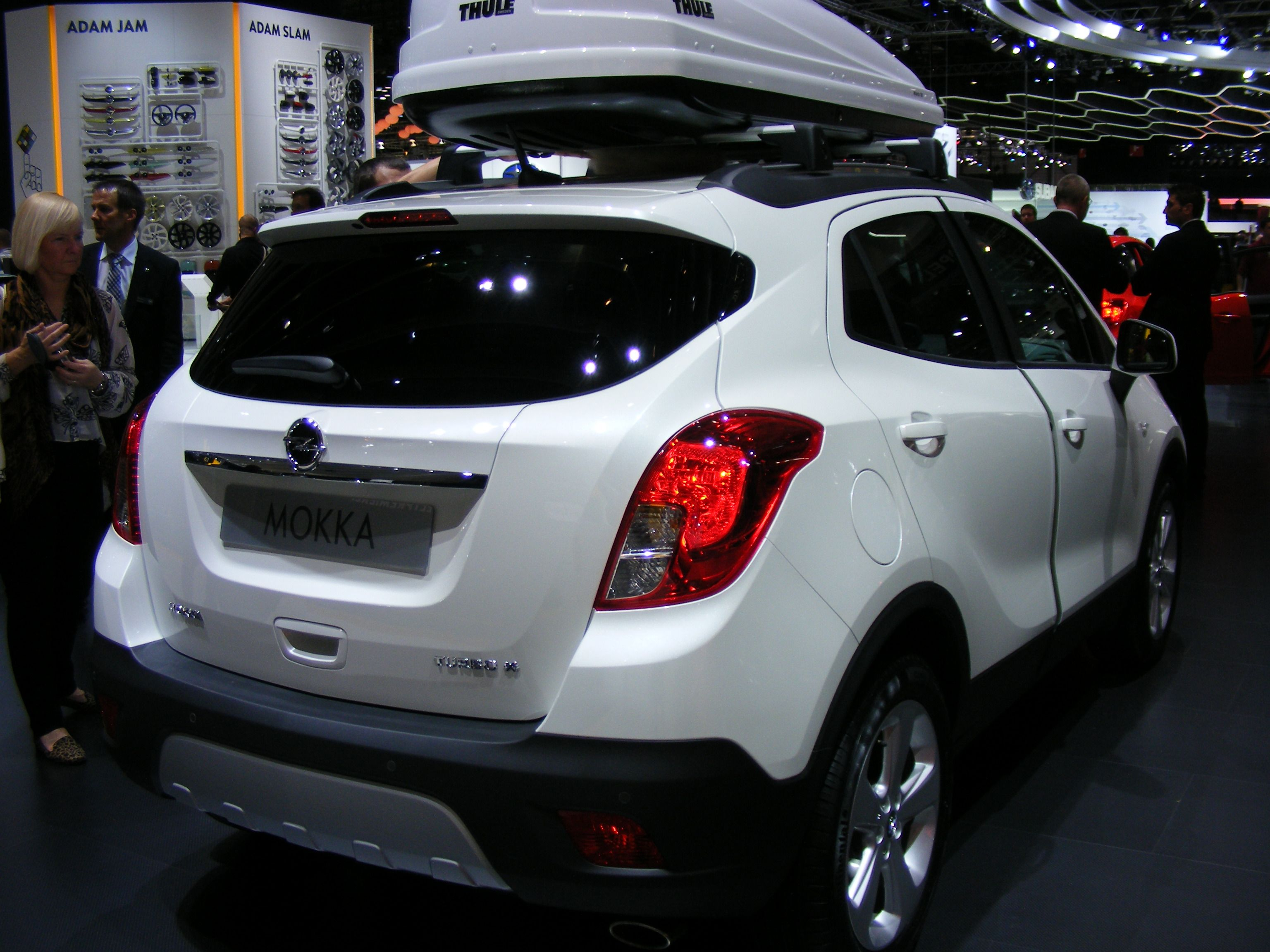 the vauxhall mokka with roof box great looking small suv. Black Bedroom Furniture Sets. Home Design Ideas