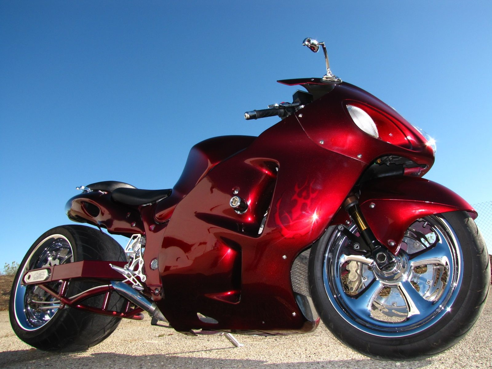 Click here to download in HD Format >>       Red Motorbike Hd Wallpaper    http://www.superwallpapers.in/wallpaper/red-motorbike-hd-wallpaper.html