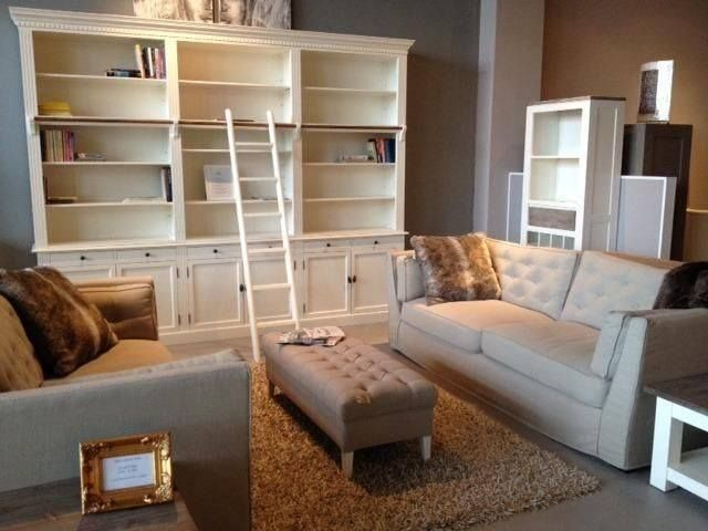Atelierkast!!! :) :) :) Boekenkast met trap private library 3 meter in het ral 9010 demonteerbaar 1800,- (2 meter 1300,-)