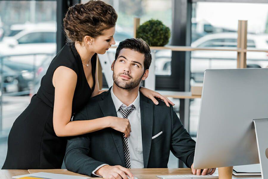 Männer blicke flirten
