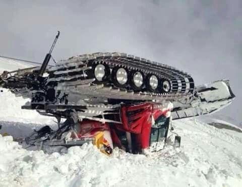 Pistenbully Oups !!! | Cat's | Snow vehicles, Snow toys, Snow machine