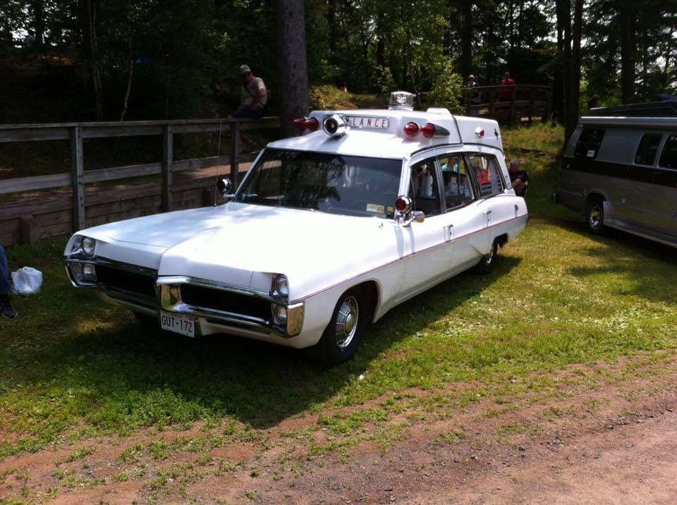Pin by Bob Riegel on Ambulances Flower car, Hearse