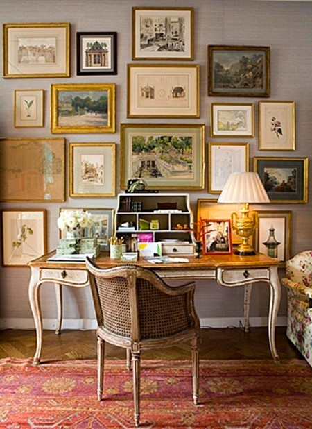 gallery wall, gold frames