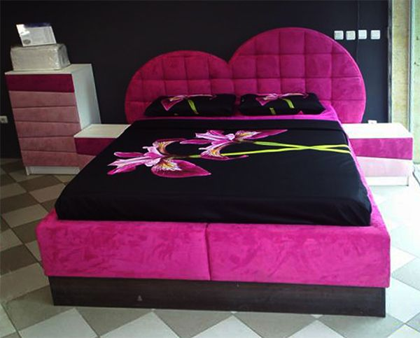 20 Super Fab Heart Shaped Bed Designs Worth Falling In Love With Home Design Lover Bed Design Bed How To Make Bed