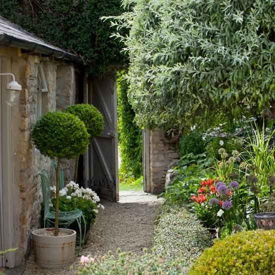 House & Garden | Mark Bolton