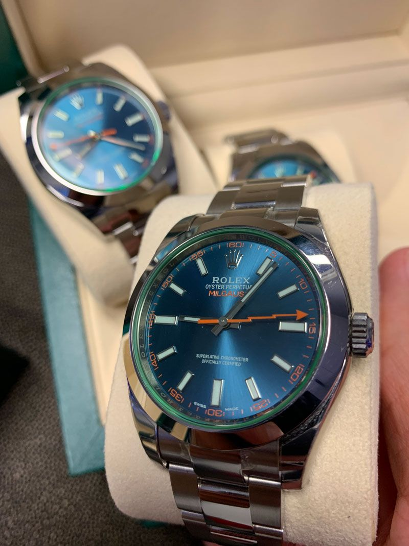 Review Handson with the Green Rolex Milgauss Z Blue