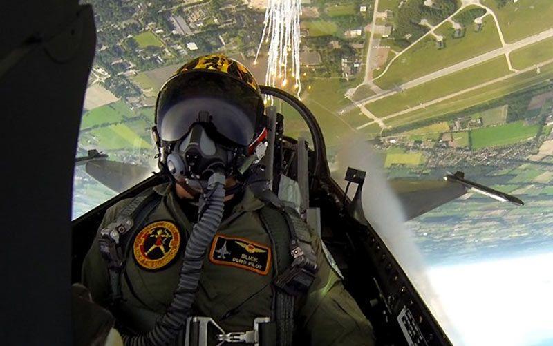 selfie-piloto-avion-14 | F-16 Falcon | Pinterest | Selfie, Avión y ...