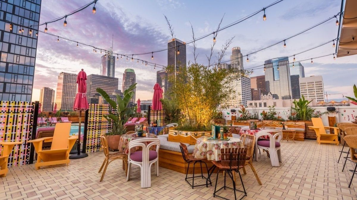 Five L A Rooftop Bars Where Any Drink Comes With A View Rooftop Bars Los Angeles Los Angeles Bars Best Rooftop Bars