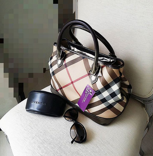 Burberry Tote Coated Canvas W Bronze Leather Givenchy Sunglasses Redeem It Free With Maybank Cimb Credit Card Points 114 Halan Maarof Ba Burberry Tote