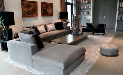 Woonkamer in warm grijs - RAW Interiors - Woonaccessoires ...