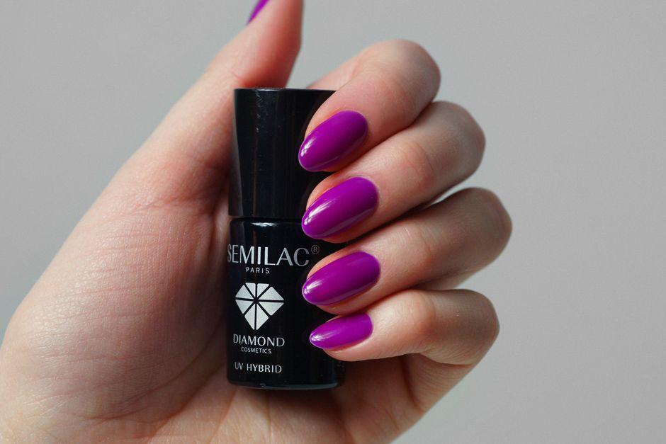 Najpiekniejszy Kolor Hybrydy Semilac 034 Mardi Gras Innooka O Modzie I Urodzie Manicure And Pedicure Manicure Fun Nail Colors