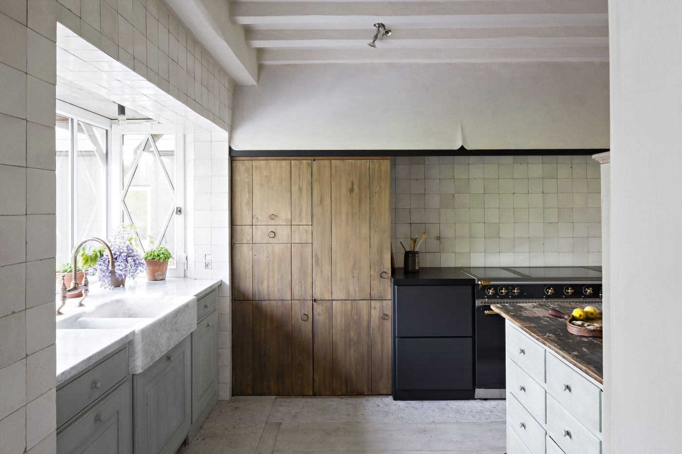 Move Over Sweden This Country S Kitchens Now Have Our Hearts Diy Kitchen Remodel Kitchen Trends Kitchen Remodel
