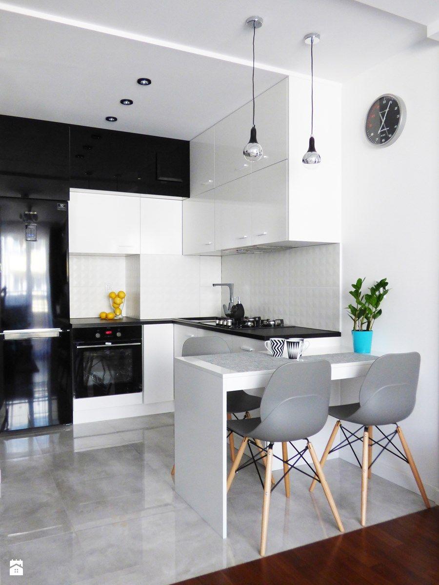 Mieszkanie 35m2 przed i po Kuchnia styl nowoczesny zdjęcie od