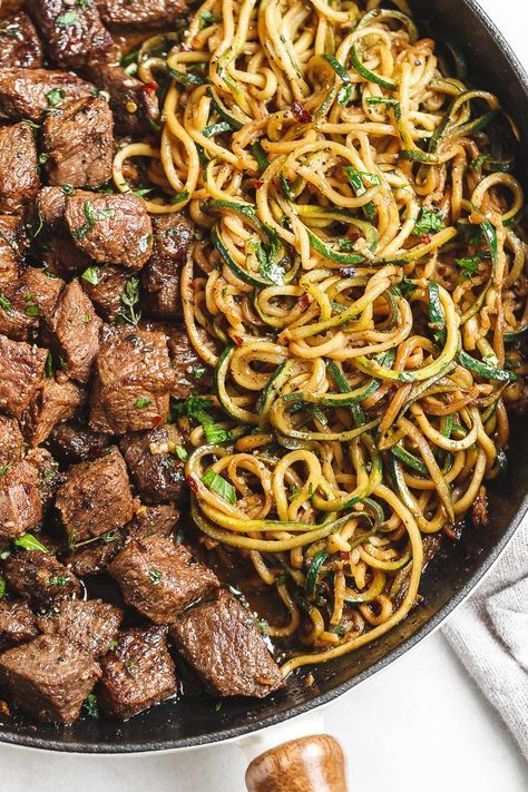 Garlic Butter Steak Bites with Lemon Zucchini Noodles #ketodinnerrecipes