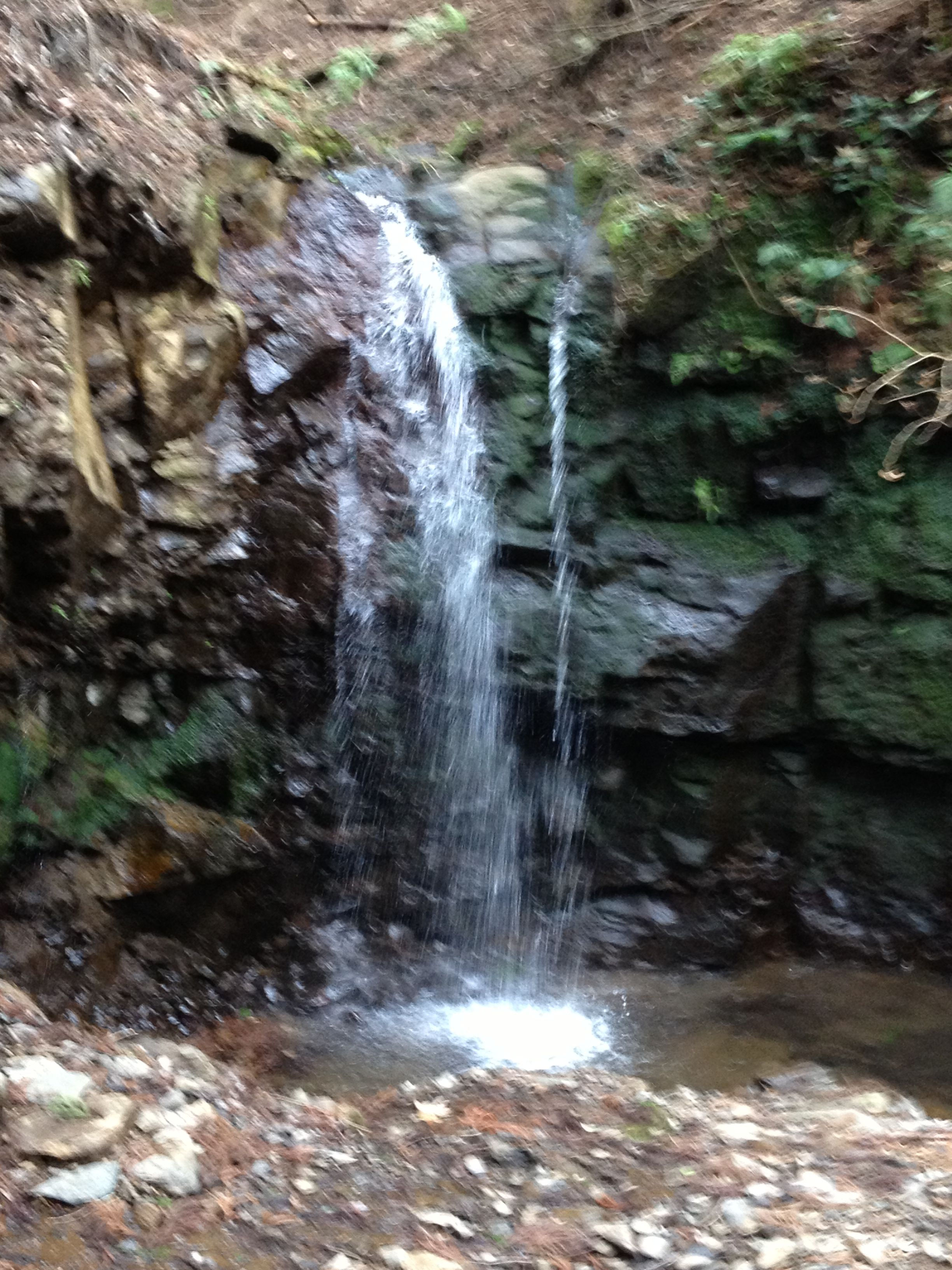 大山の滝です