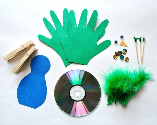 Recycled CD Peacock Craft for Kids #recycledcd