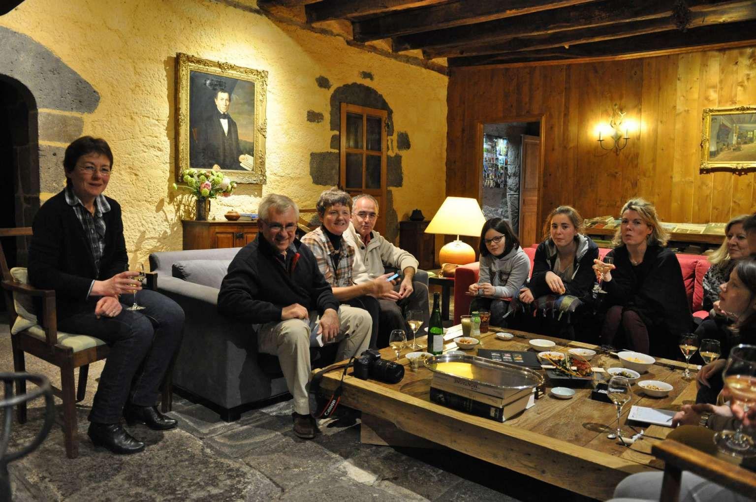 Galerie Photos La Roussiere Maison D Hotes De Charme Auvergne Cantal Site Officiel Chambre D Hotes Aurillac Au Maison D Hotes Auvergne Galeries De Photos