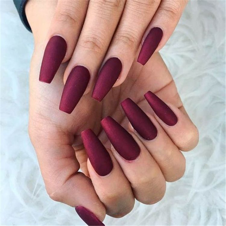 32 Stunning And Trendy Matte Coffin Nails Design Fall Acrylic Nails Burgundy Nails Burgundy Nail Designs