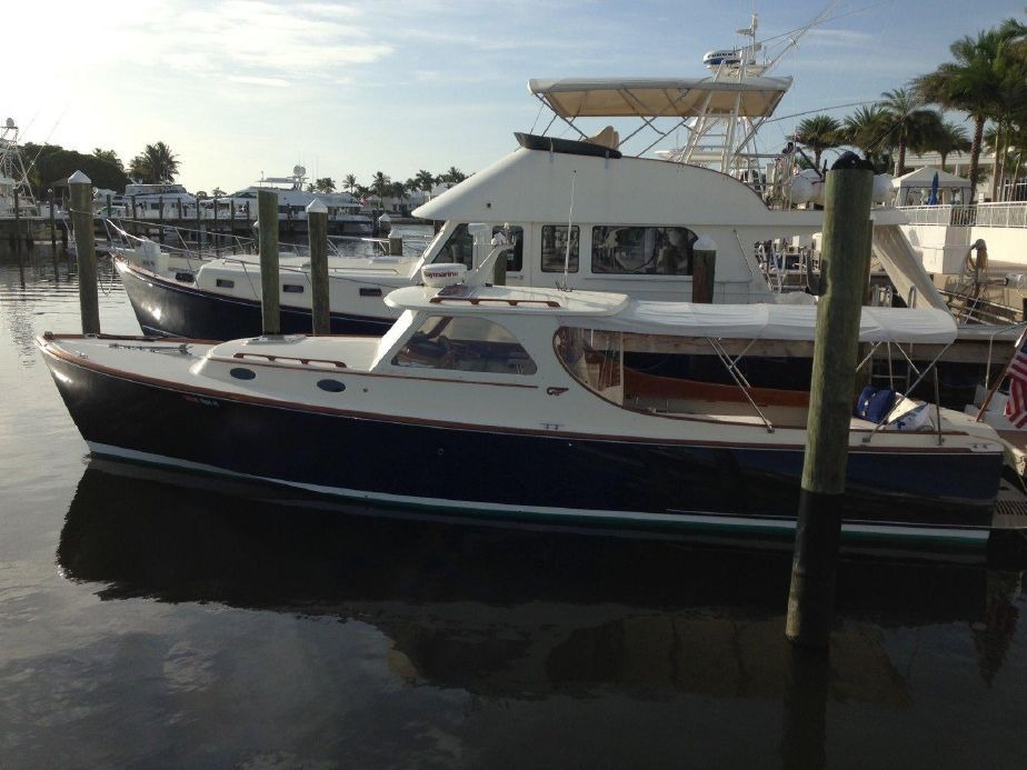 1996 hinckley picnic boat classic power boat for sale for Picnic boat plans