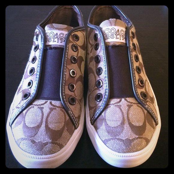 SOLD‼️Classic Coach Canvas Shoes