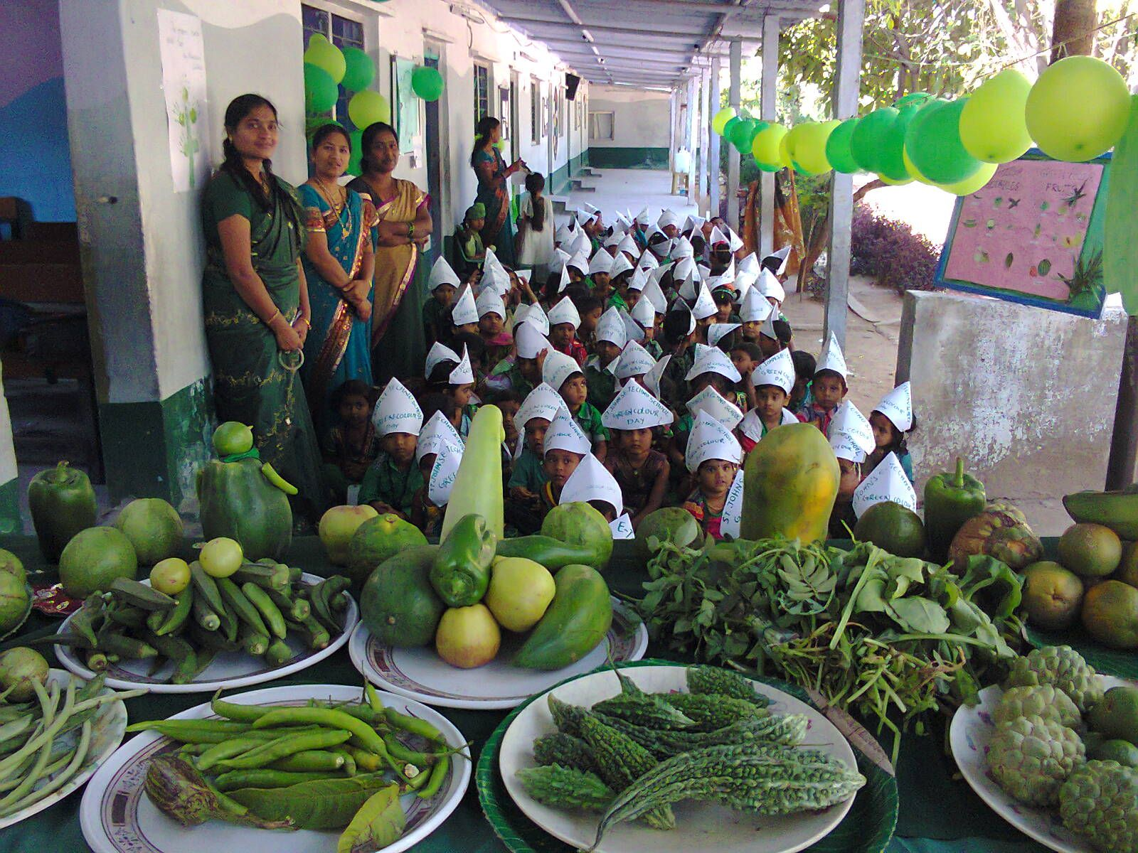 green vegetables and fruits on green color day #green #activities ...