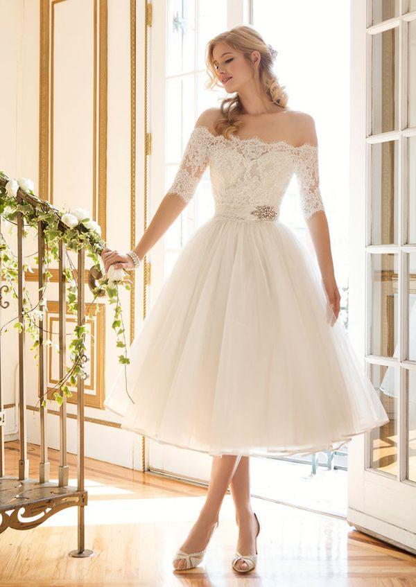 1389e6d6afe Classy and Sassy! 25 Utterly Gorgeous Short Wedding Dresses ...
