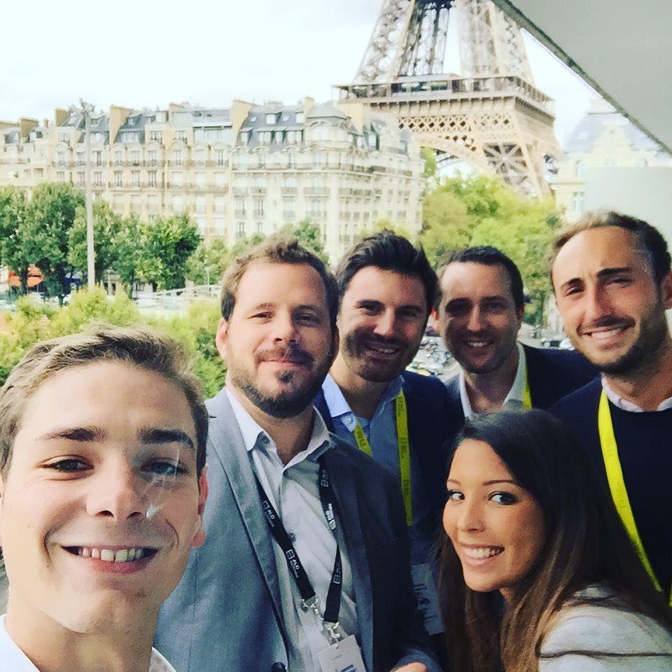 Convention commerciale 2015 ! Let's go guys ! #collegue#friends#team#paris#toureiffel#paris#pullman#detente#onesbien#chill @brunochantal by paulbonneau