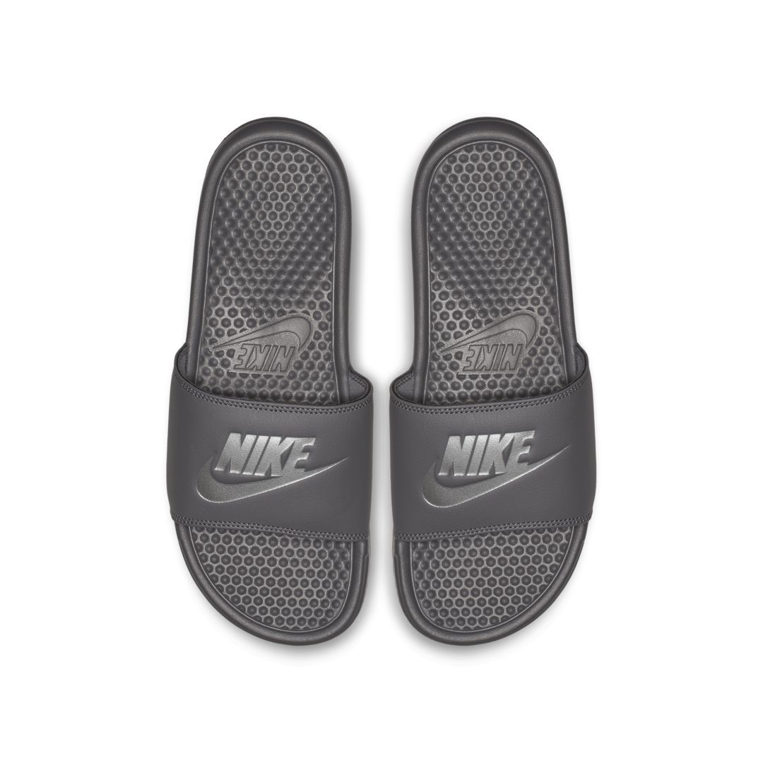 7c9b40513a9f Nike Benassi Slide Size