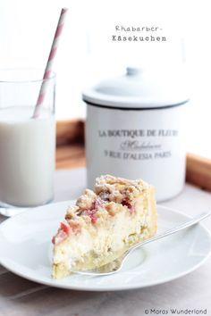 Rhubarb Cheese Cake with Streusel #30DaysofCAdairy @Lisa Phillips-Barton Phillips-Barton Choe California Milk