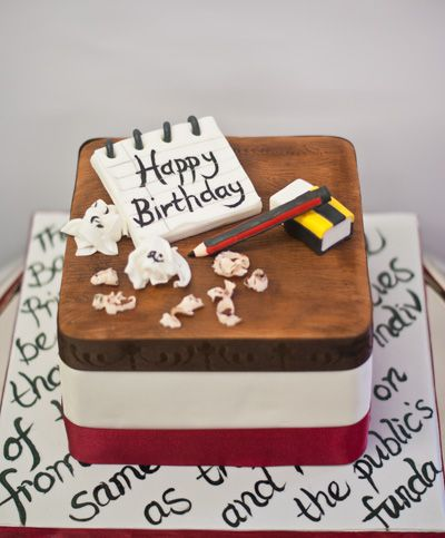 Fabulous Cake For A Journalist Happy Birthday Cakes Event Food Happy Funny Birthday Cards Online Alyptdamsfinfo