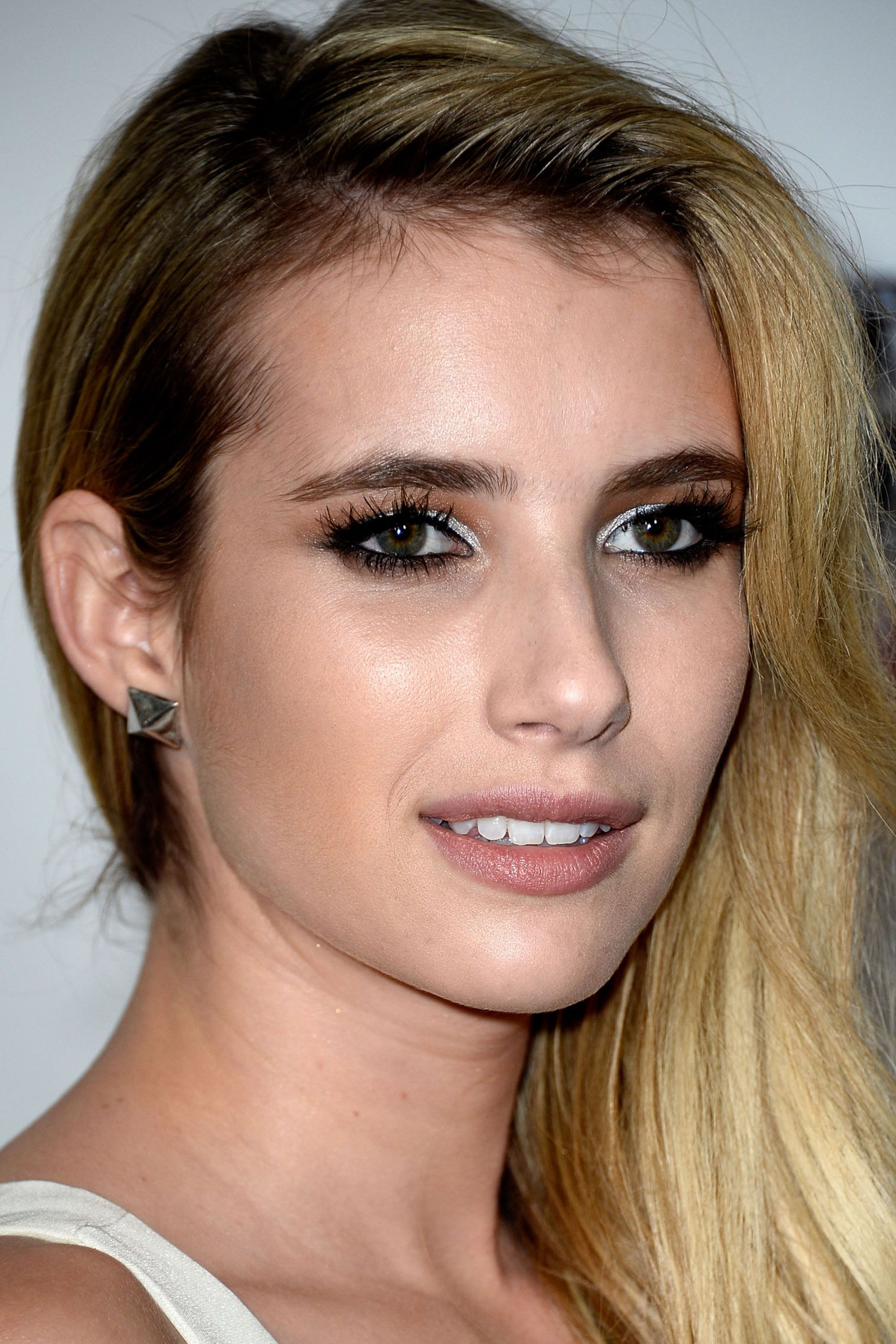 White Eyeliner Trends  Emma roberts Dramas and Bald hairstyles