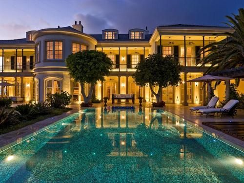 Expensive House With A Nice Pool Mansions Mansions Luxury