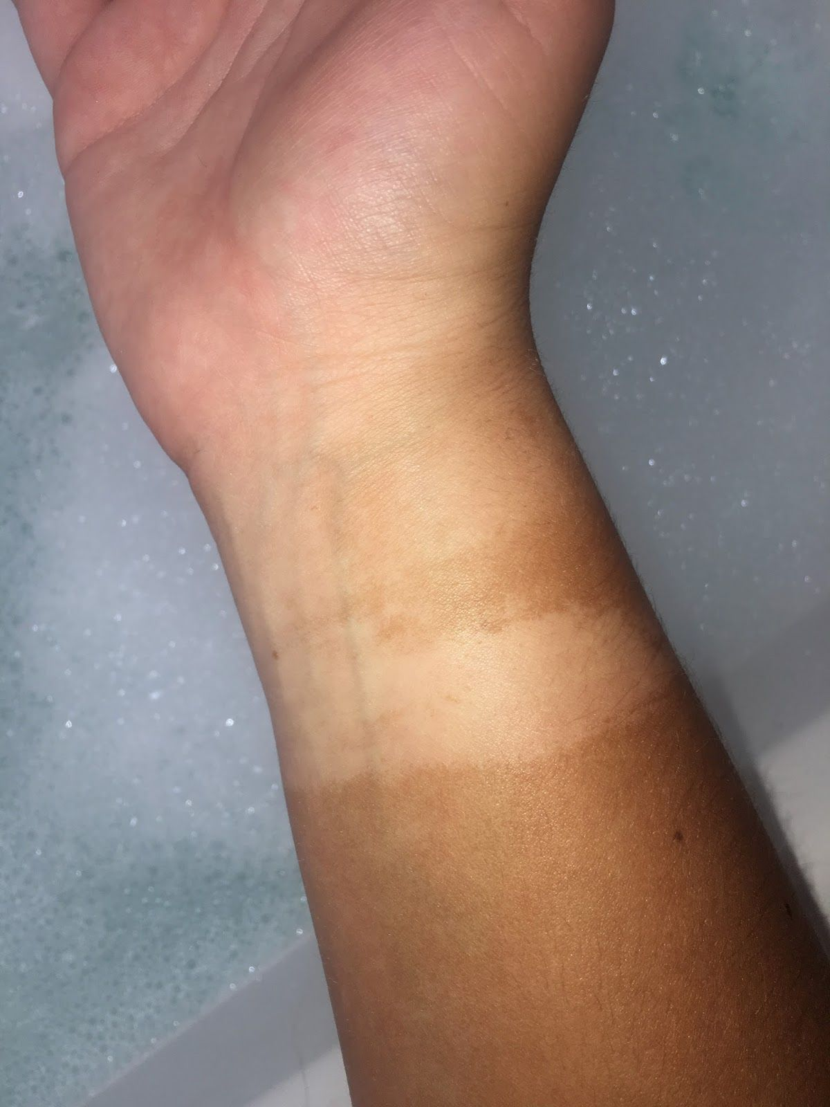 DO YOU REALLY NEED A FAKE TAN ERASER? (With images) Fake