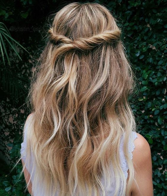 Twisted Half Up Half Down Hairstyle With Loose Waves For A Bohemian
