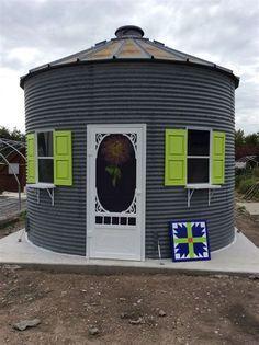 15 Anti-Mainstream Living Space Design From Grain Bin House