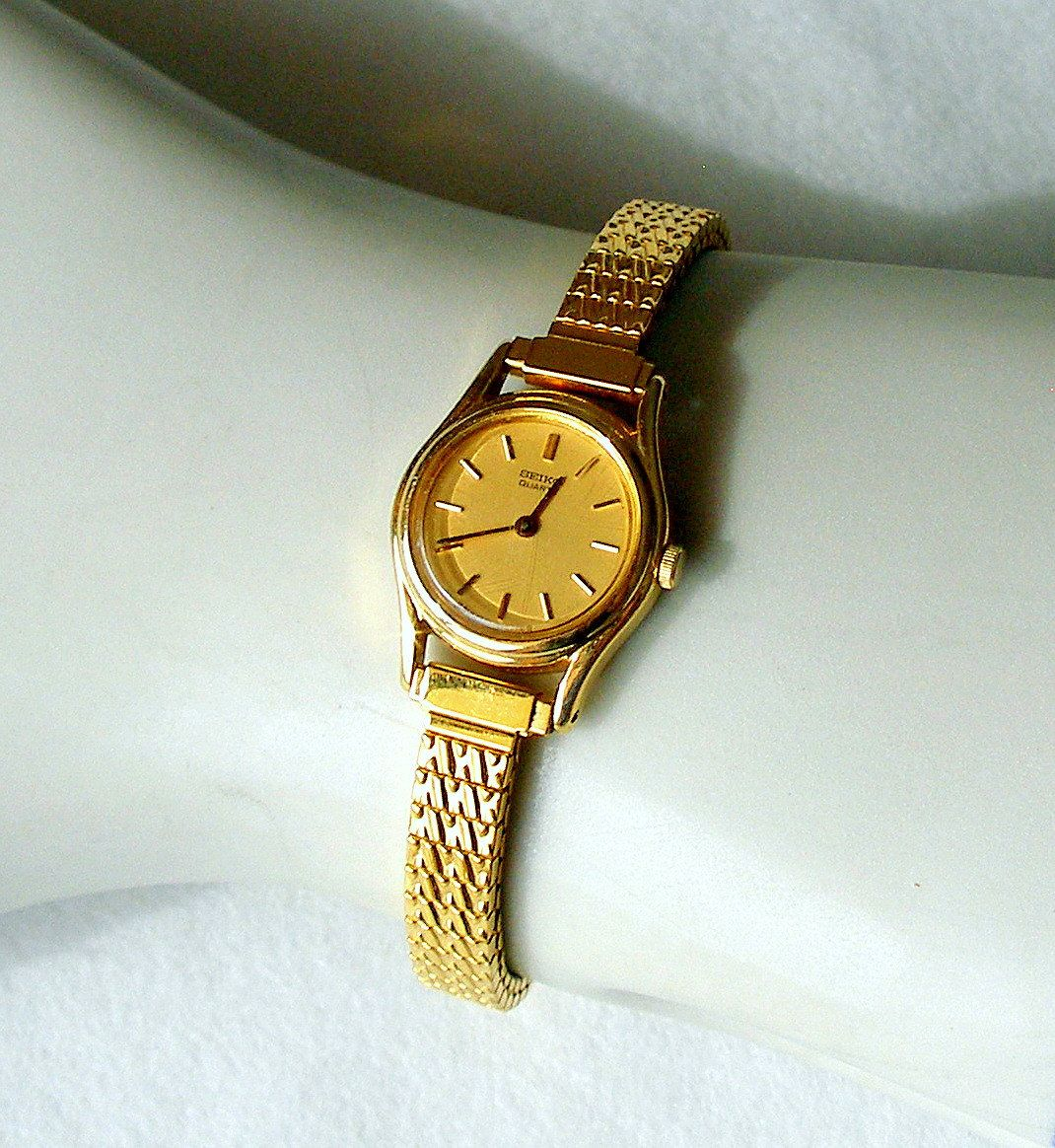 Vintage Women S Seiko Quartz Watch Wear Pinterest