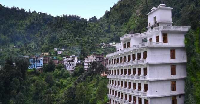 Kedarnath is one of the best holy places in the Char Dham Yatra. Here we are offering budget & luxurious hotels in kedarnath at lowest price.  http://www.hotelschardham.com/hotels-in-kedarnath/