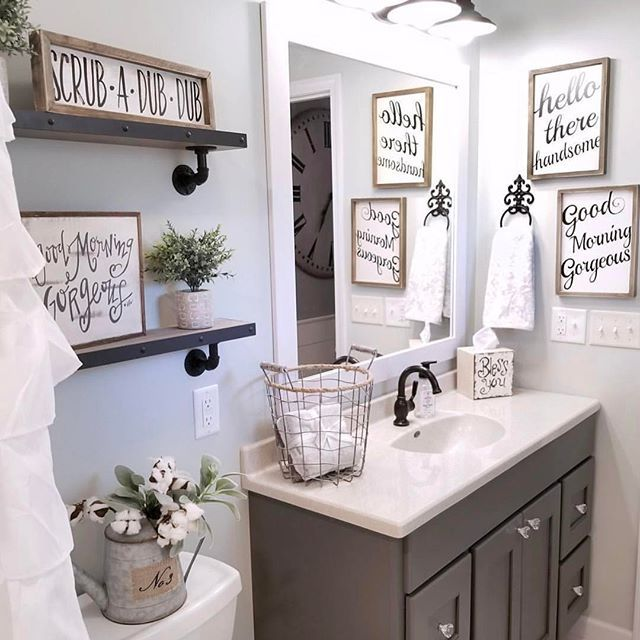 How adorable is @blessed ranch \u0027s powder room?? Home ideas